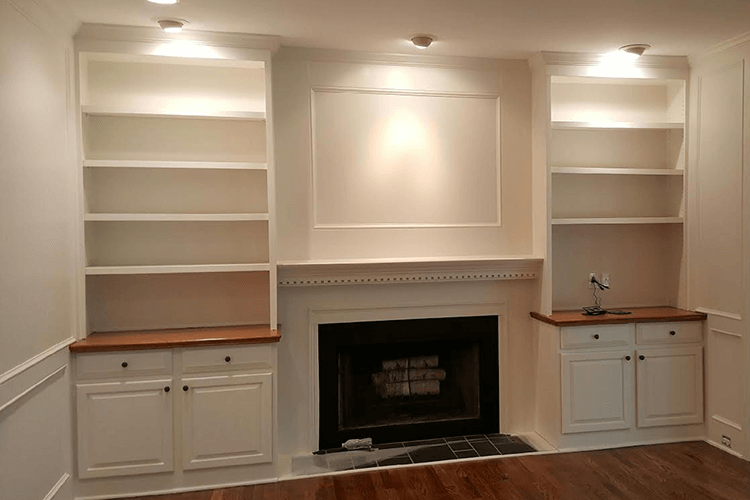 Custom Bookshelf Built-Ins | R Contracting Services - Home Remodeling and Renovations - Creating Curb Appeal Around Atlanta
