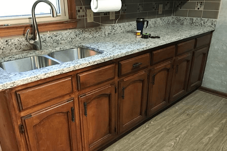 Kitchen Countertop Replacement | R Contracting Services - Home Remodeling and Renovations - Creating Curb Appeal Around Atlanta