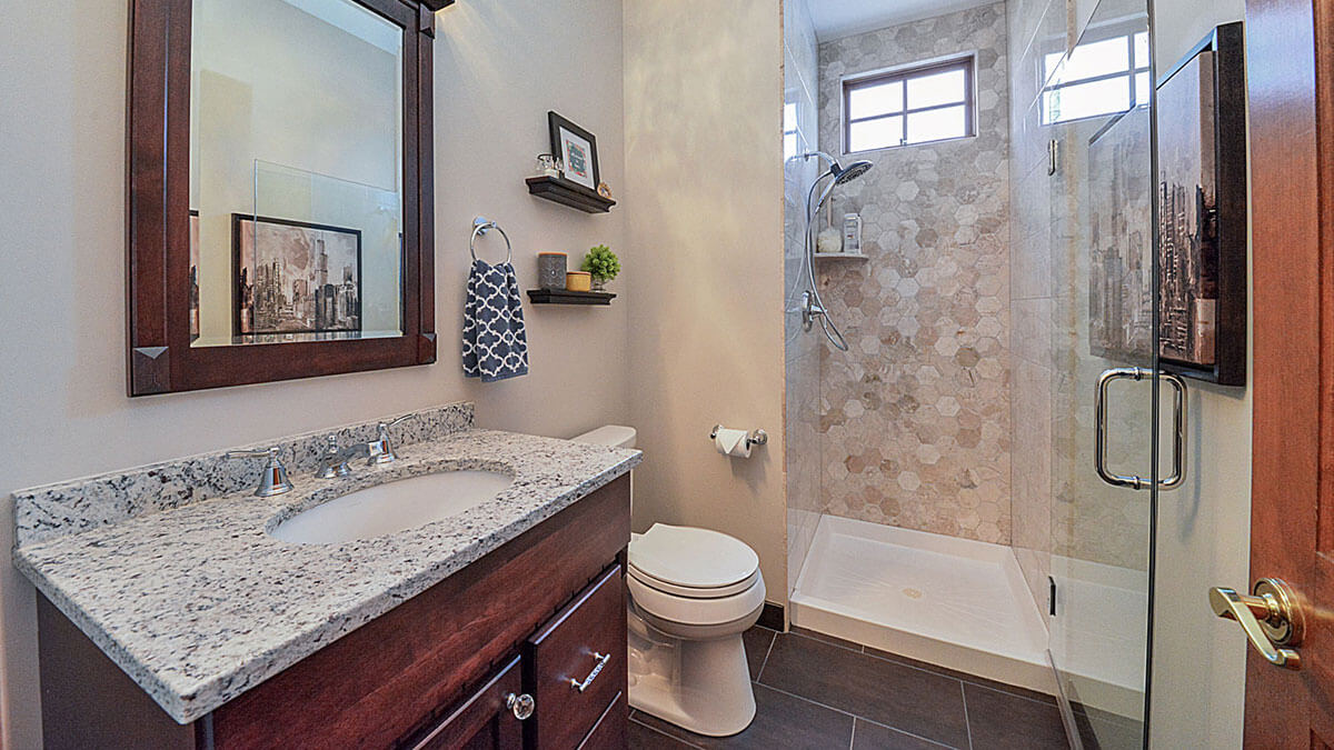 Guest Bathroom Remodeling | R Contracting Services
